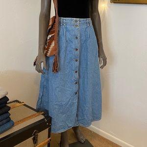 VINTAGE Liz Wear Denim Skirt • Size 16